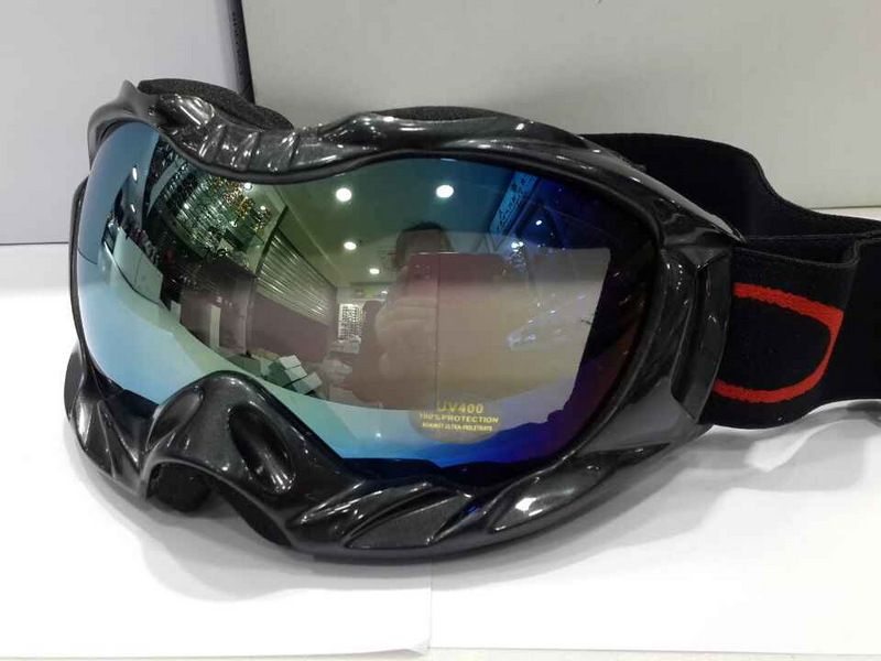where to buy cheap oakleys  Cheap Oakleys Goggle Sale Free Shipping